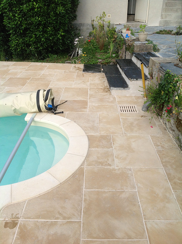 Am nagements ext rieurs cr ations de terrasses angers for Entourage piscine design