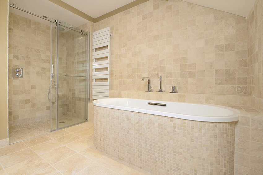 Salle de bain en pierre marbrière