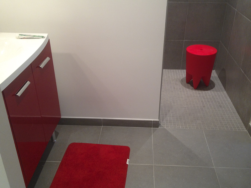Douche italienne gris et rouge